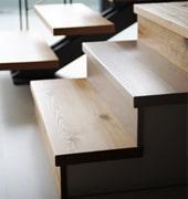 Revêtement d'escalier en bois