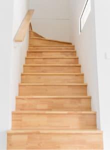 vernir escalier