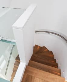 escalier bois chene