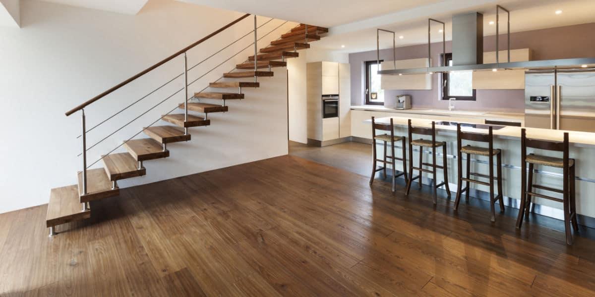 escalier bois flottant